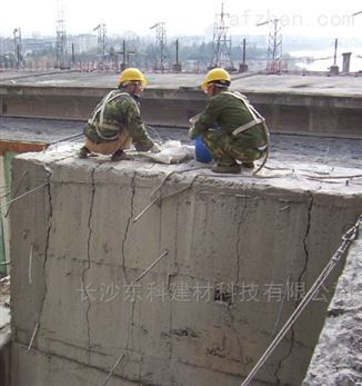 济南破碎膨胀剂订购,济南矿用破碎剂工厂