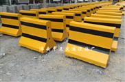 厂家供应60cm水泥隔离墩 公路防撞墩