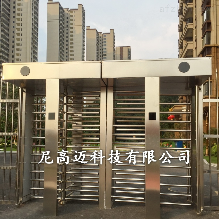 小区不锈钢封闭式十字全高转闸
