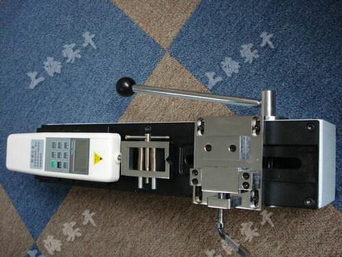 端子插拔力测试仪图片